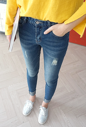 NA827 (25 to 34) <br> Perfect Jeans