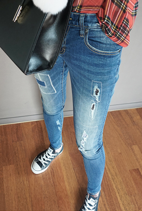 NA721 (25 to 34) <BR> Combinations Jeans