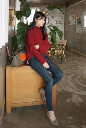 <FONT color=#f91305>12,000 breakthroughs</font> <BR> NA455 (25-34) <br> Dark Blue Blue napping Jeans
