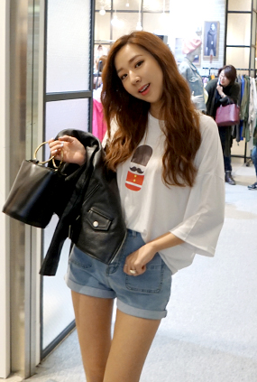 ★ Summer only ★ <BR> T-shirt uniform price <BR> Little soldier T-Black